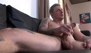 Horny stud Dane Stewart wanks