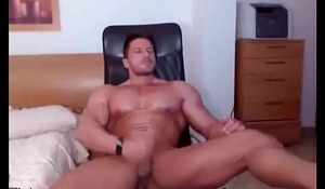 This guy loves jerking off on cam.