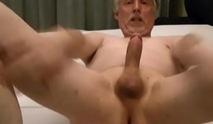 Porn actor Tom Reider alone in a hotel - penis play and great cumshots