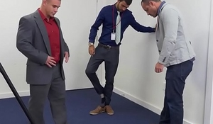 Office bottom analized during team building