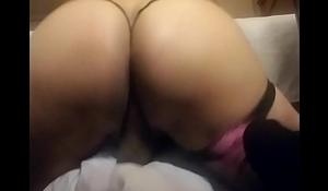 gstring shaking butt 9469