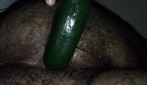 Extreme hairy ass with Cucumber Part 3 / Culo s&uacute_per velludo con pepino