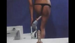 baile sexy enseñ_ando el culo