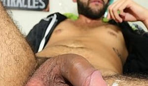 Playing with a vibrator in my ass makes me cum really lasting - Camilo Brown