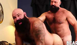 BEARFILMS Bearded Bears Jayson West Together with Victor West Bareback