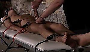 Perfect abs huk Luke Desmond loves hard bondage encounters